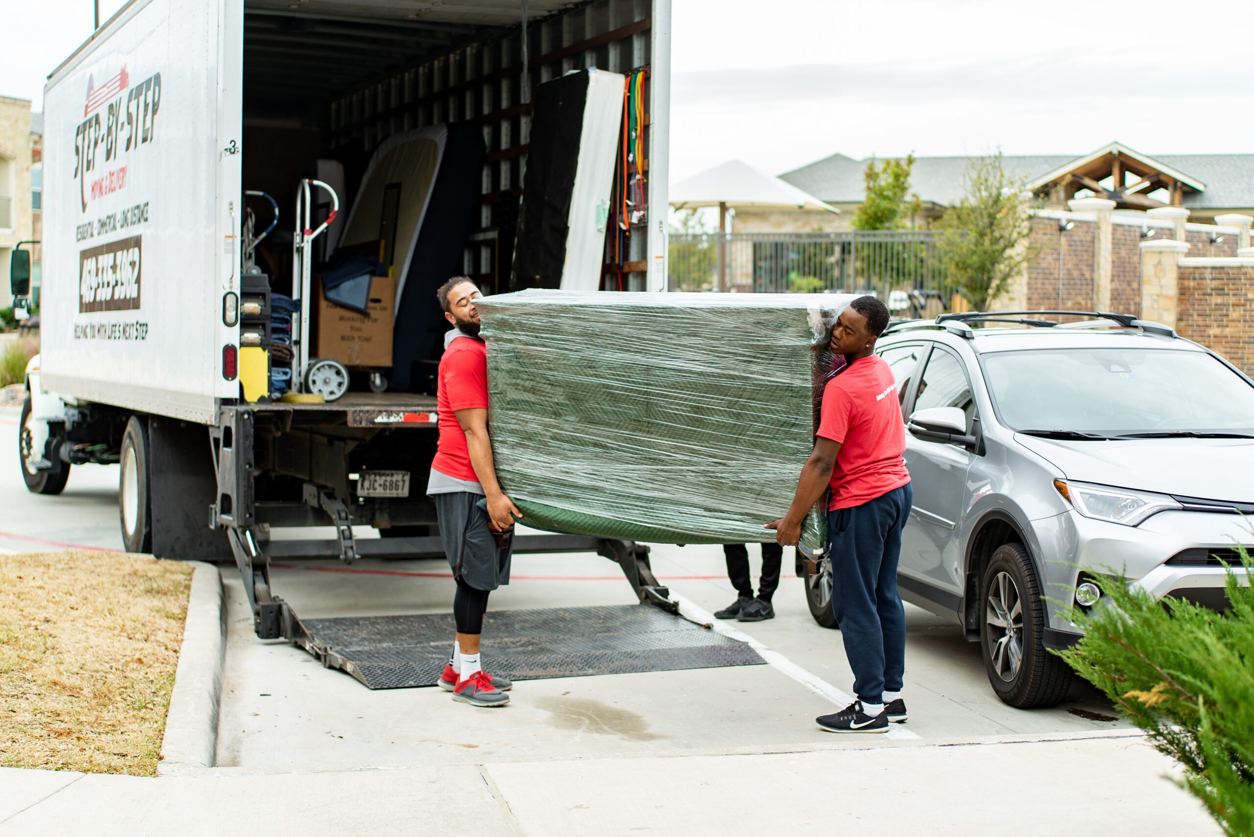 Packing Services in Frisco, TX. Step by Step Moving and Delivery